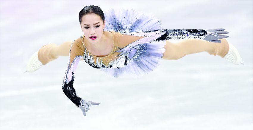 Alina Zagitova durante programa curto dos Jogos Olímpicos de 2018.