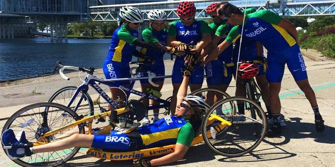 Equipe do Paraciclismo DO bRASIL em Toronto – Foto: DivulgaçãO