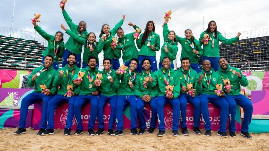 Handebol de praia do Brasil conquista ouro no masculino e prata no feminino em Rosário