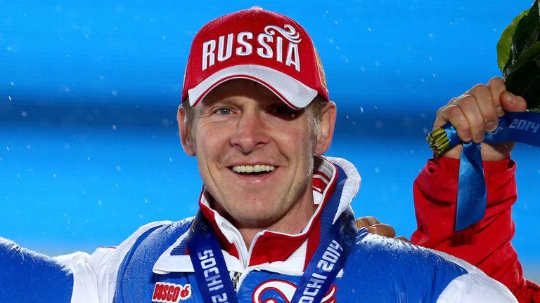 Alexander Zubkov, ex-presidente da Federação Russa de Bobsleigh (FRB), afirmou que não devolverá as medalhas conquistadas na Olimpíada de Sochi ao COI.