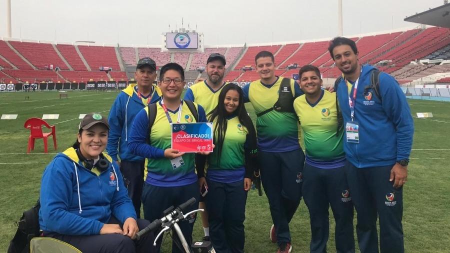 A seleção masculina de tiro com arco venceu o torneio qualificatório, disputado no Chile, e garantiu uma vaga nos Jogos Pan-Americanos de Lima.