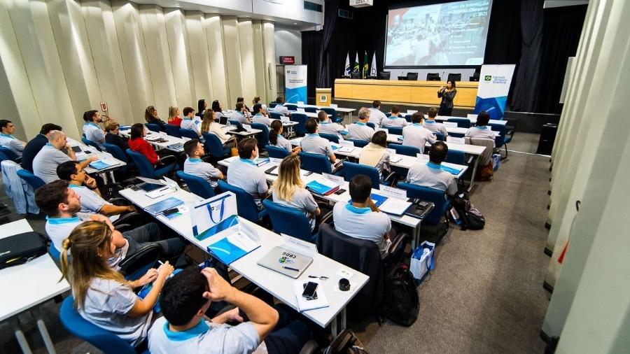 COB abre vagas em cursos para gestores, treinadores e atletas