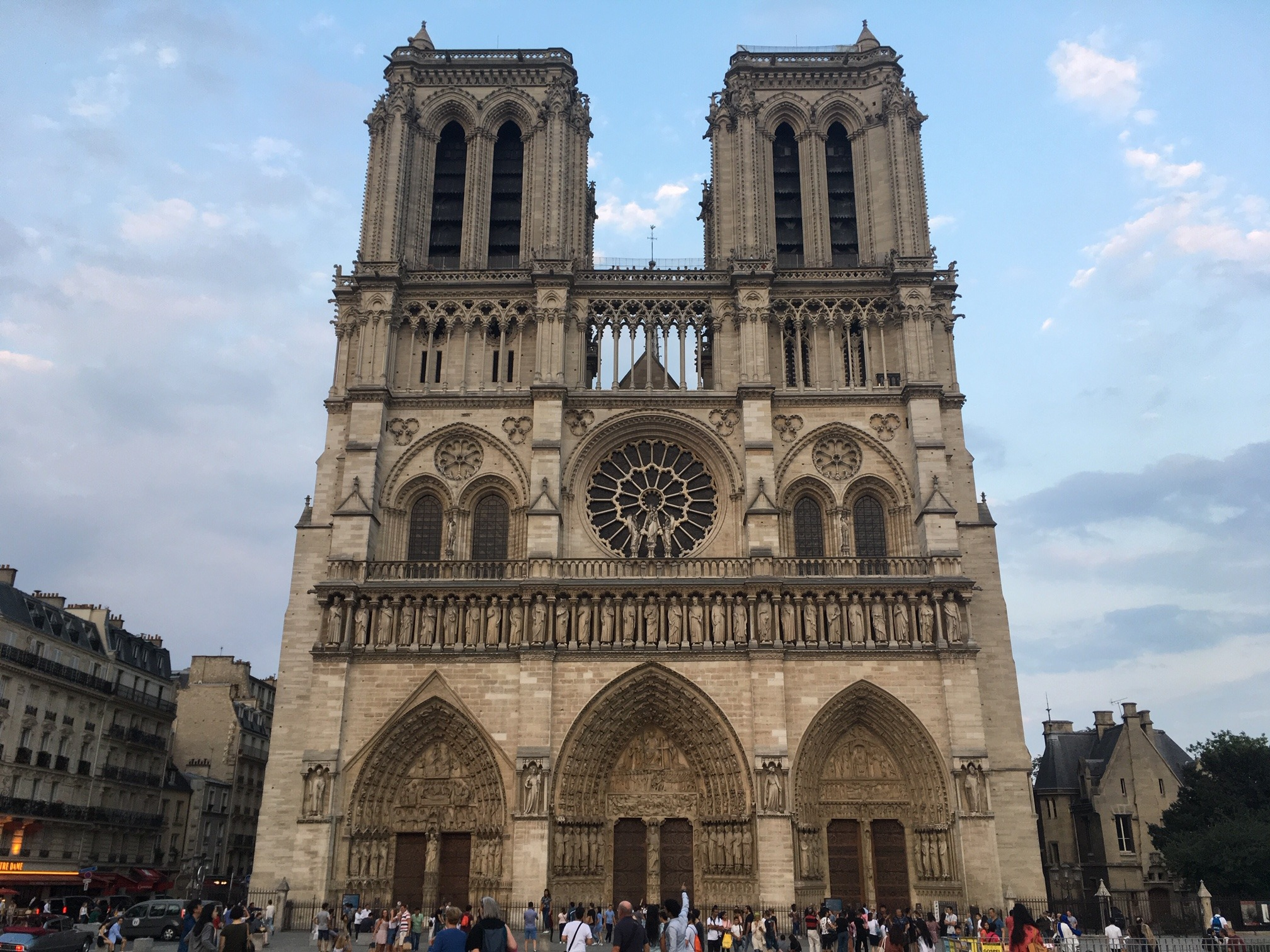 Comitê Olímpico Internacional (COI) doa R$ 2,2 mi para reconstrução de Notre Dame