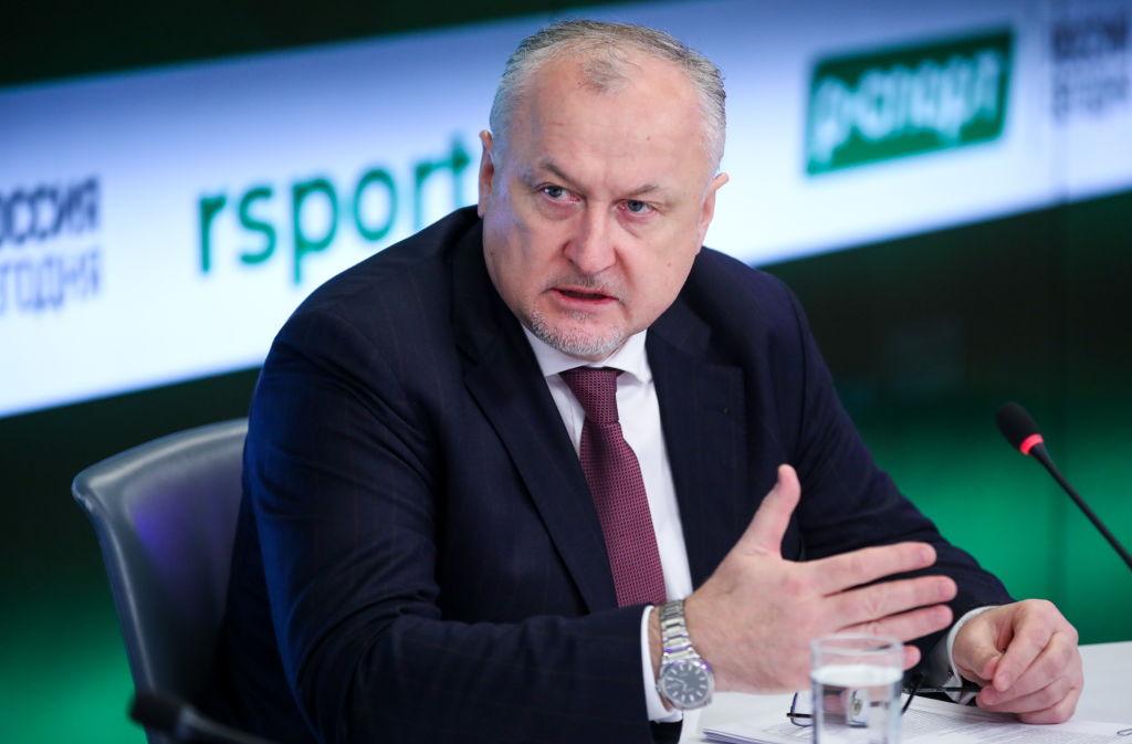 yury Ganus solicitou que todos os funcionários do alto-escalão da Federação Russa de Atletismo (RusAF), incluindo o presidente, Dmitri Shlyakhtin, sejam demitidos.