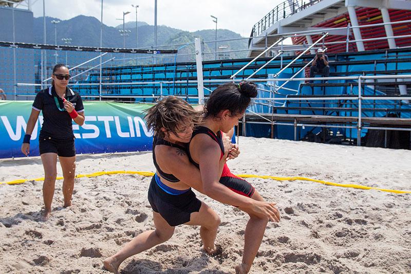 Circuito Mundial de beach wrestling chega ao Rio de Janeiro