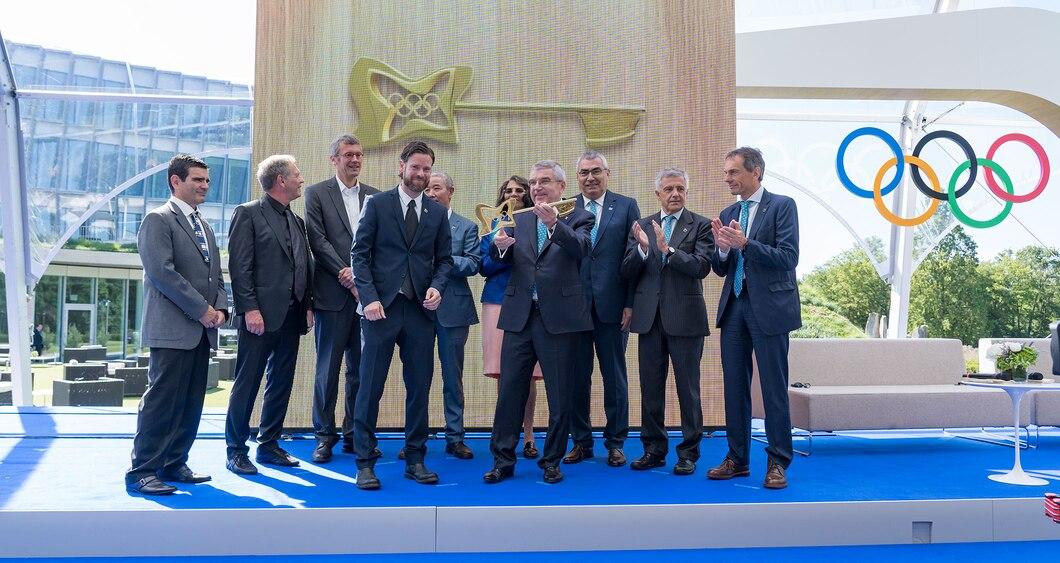 COI inaugura nova sede e comemora 125 anos