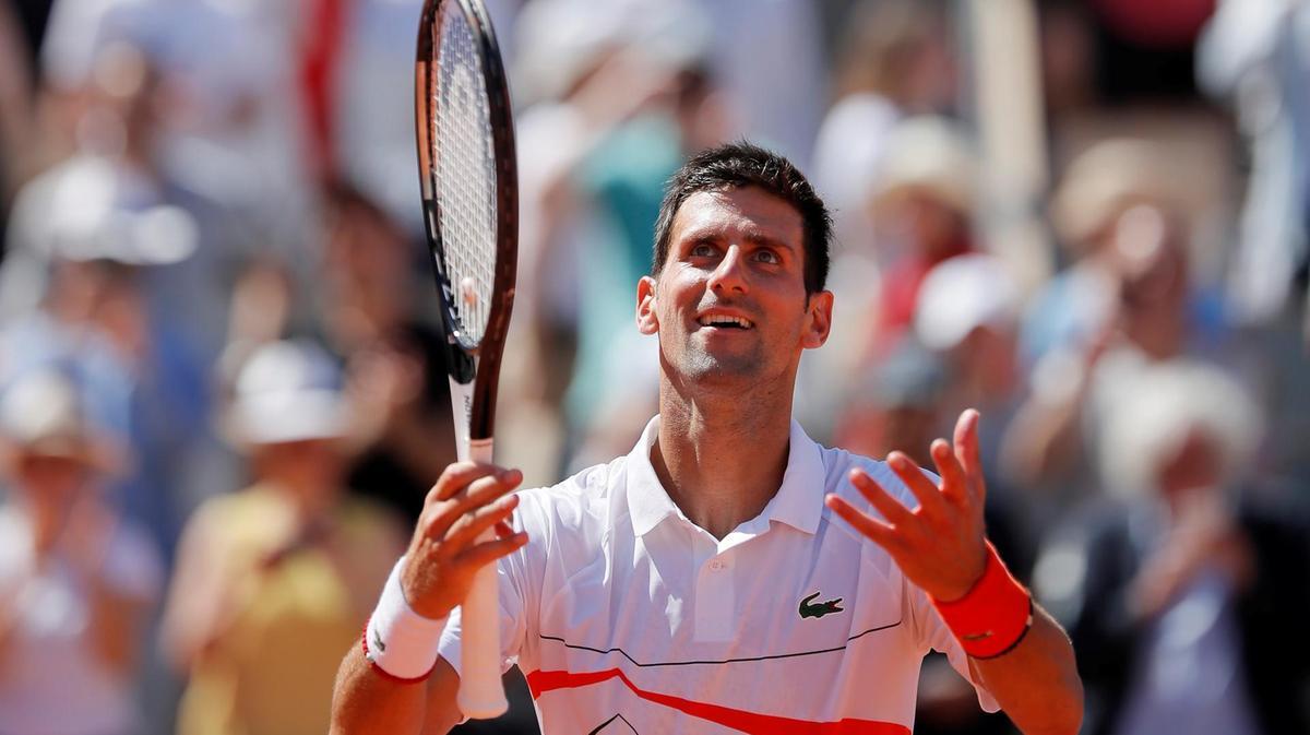 Djokovic bate alemão e vai às quartas em Roland Garros