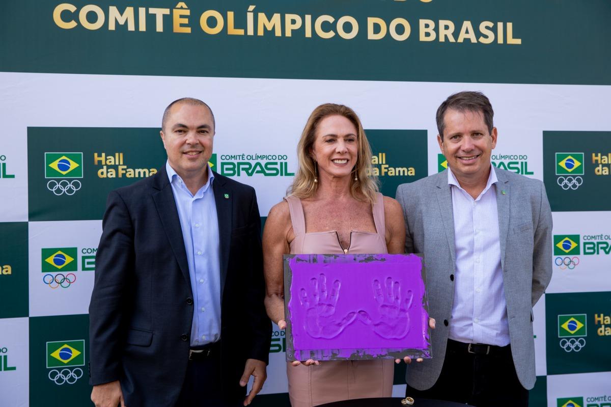 Em cerimônia realizada no CT Time Brasil, Hortência passa a integrar o Hall da Fama do COB