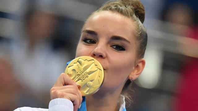 Dina Averina confirma favoritismo e é ouro nos Jogos Europeus