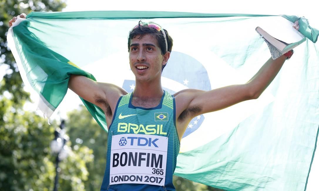De olho no Pan, Caio Bonfim treina no Equador