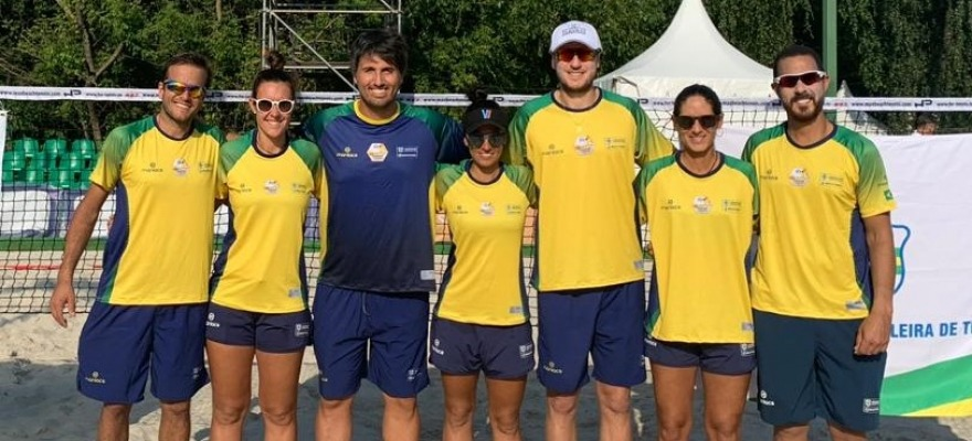 Brasile estreia com vitória Mundial de beach tennis