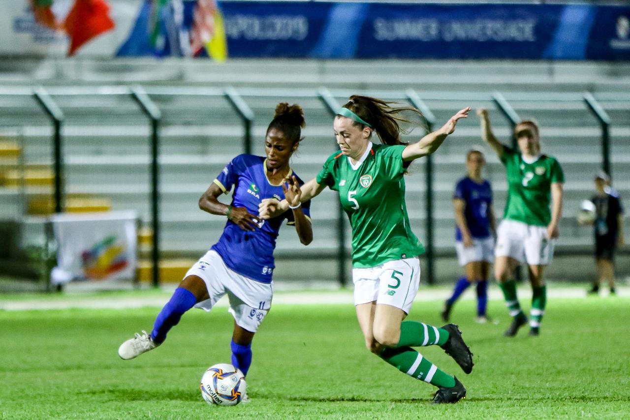 Brasil perde para Irlana na estreia do futebol feminino em Nápoles