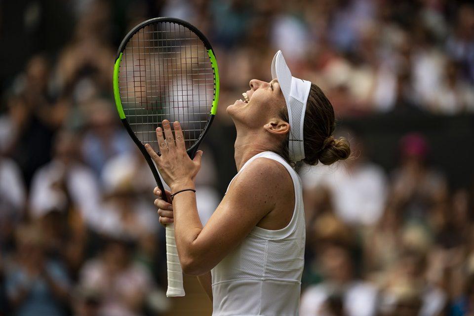 Halep elimina Svotolina e garante vaga na final de Wimbledon