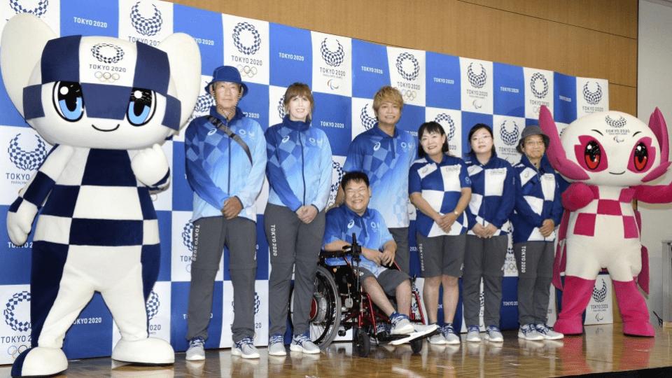 Tóquio 2020 revela uniformes dos voluntários