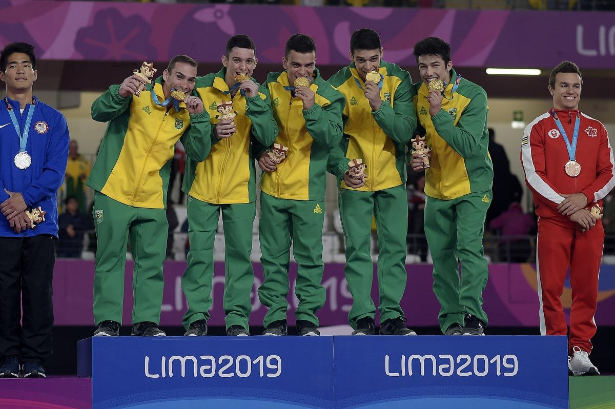 Brasil deixa EUA para trás e garante ouro na ginástica artística masculina