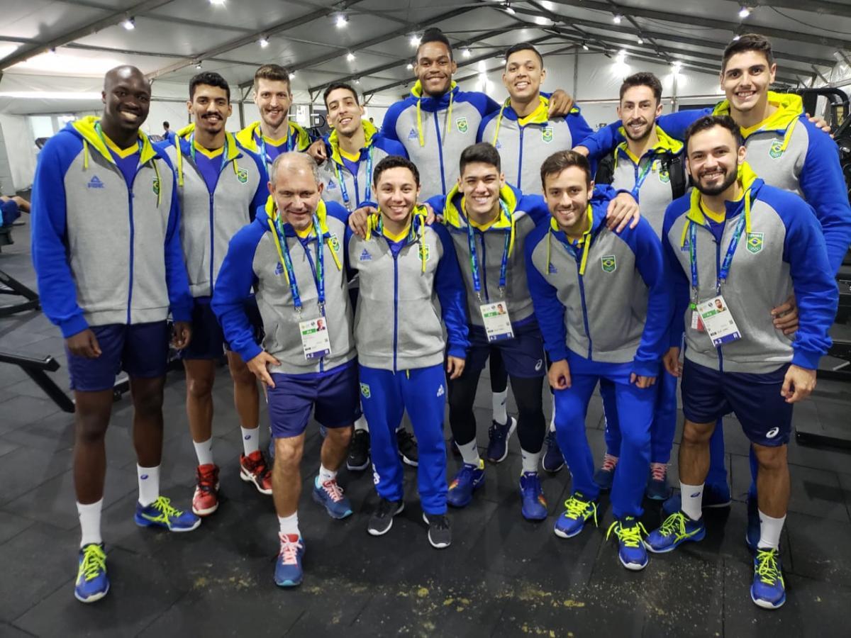 Seleção masculina de vôlei abre participação no Pan de Lima contra o México