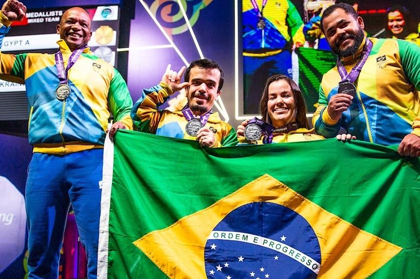 Brasil encerra o Mundial de halterofilismo com prata na disputa por equipes