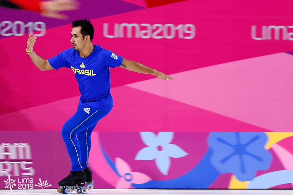 Gustavo Casado e Bruna Wurts iniciam a disputa da patinação artística no Pan