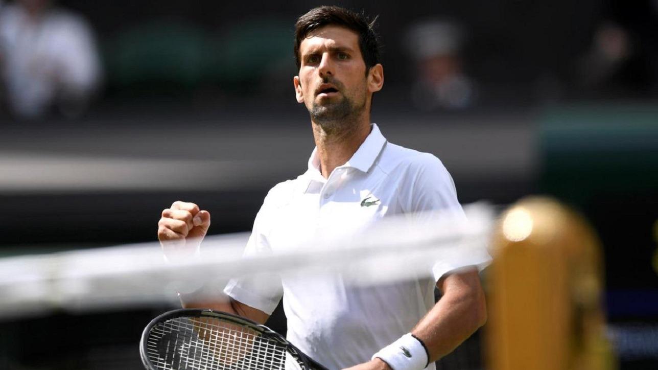 Djokovic despacha Bautista e garante vaga na final de Wimbledon