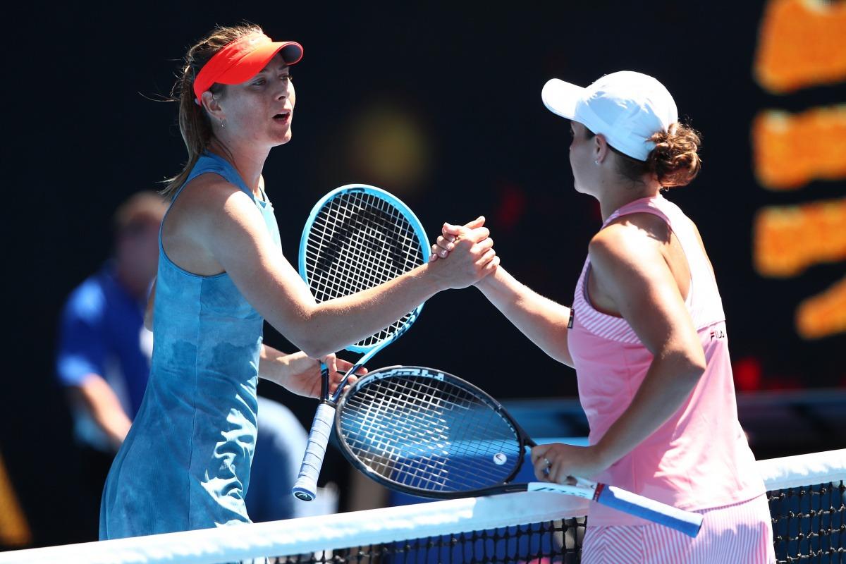 Barty derrota Sharapova e avança em Cincinnati