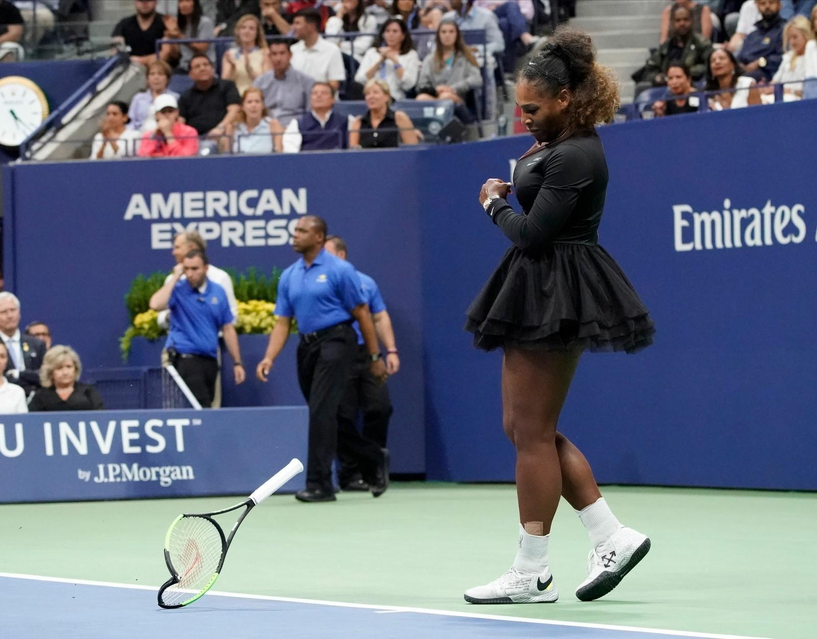 Carlos Ramos não estará em nenhum jogo de Serena Williams no US Open