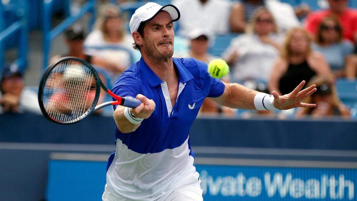 Andy Murray cai na estreia em seu retorno em simples