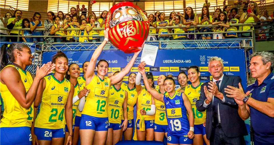 Brasil derrota República Dominicana no tie-break e conquista vaga em Tóquio 2020