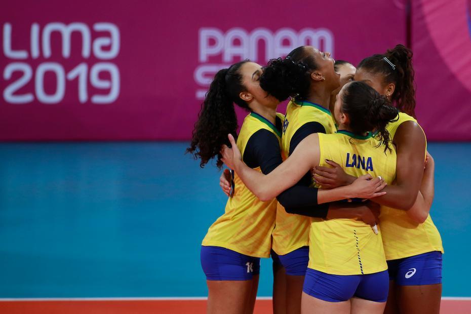 Lima 2019: Brasil derrota EUA e garante vaga na semi do vôlei feminino