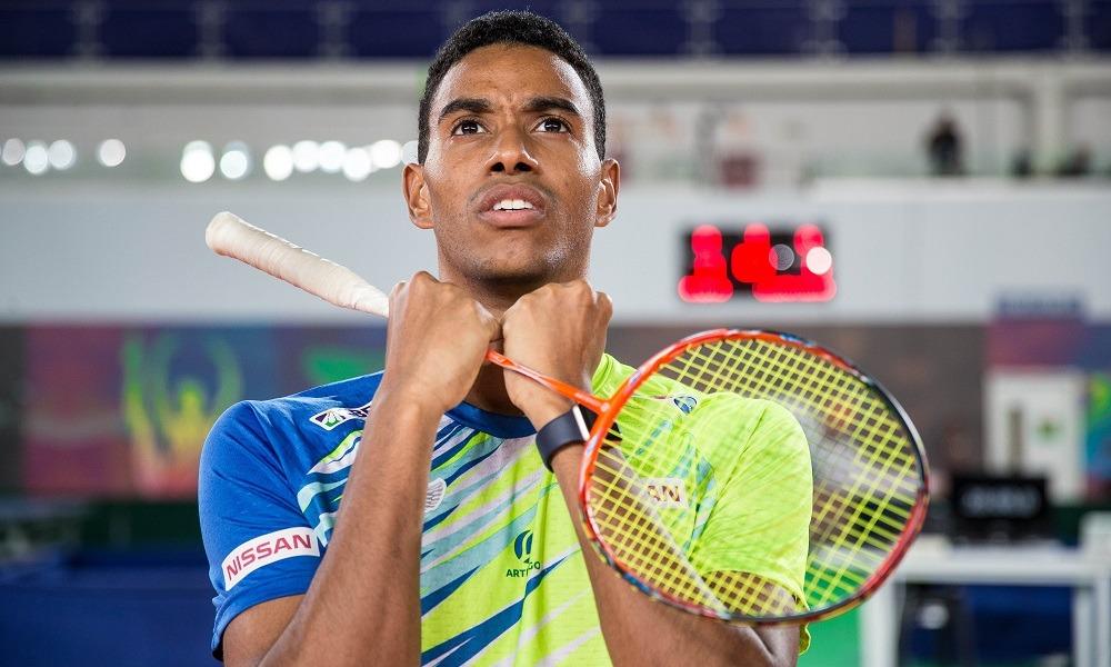 Ygor Coelho cai na estreia do Mundial de badminton