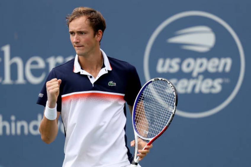 Medvedev confirma boa fase com título inédito em Cincinnati