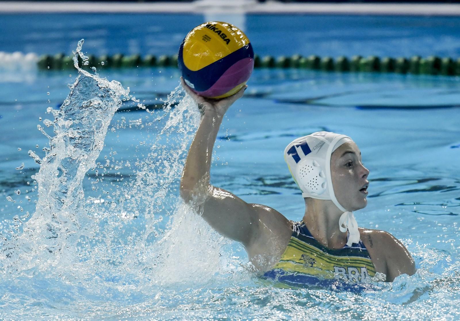 Brasil atropela o México e garante vaga na semi do polo aquático feminino