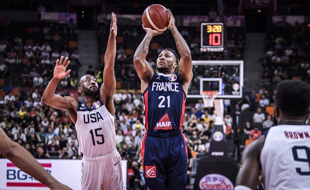 França bate os EUA e faz semi contra a Argentina no Mundial de basquete