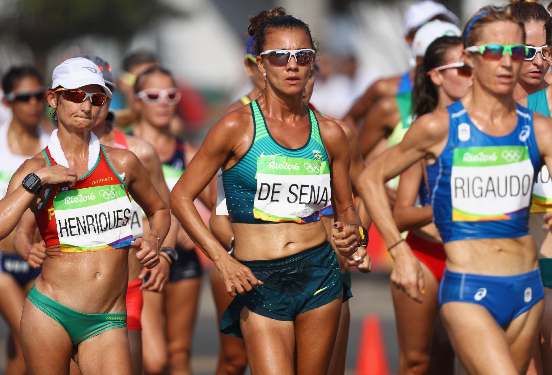 Érica de Sena termina em quarto e iguala melhor marca em Doha