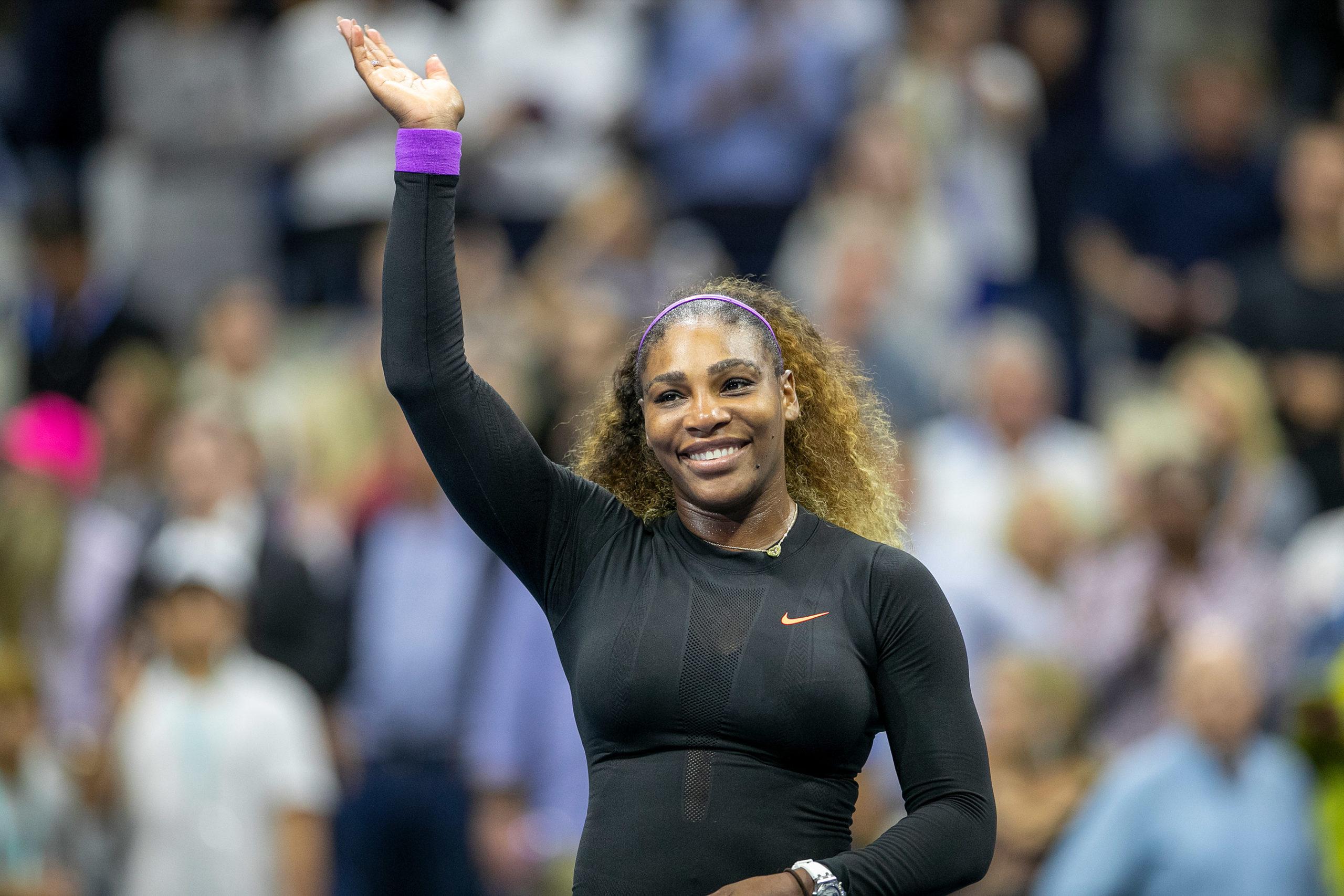 Serena Williams arrasa Elina Svitolina e vai à final do US Open