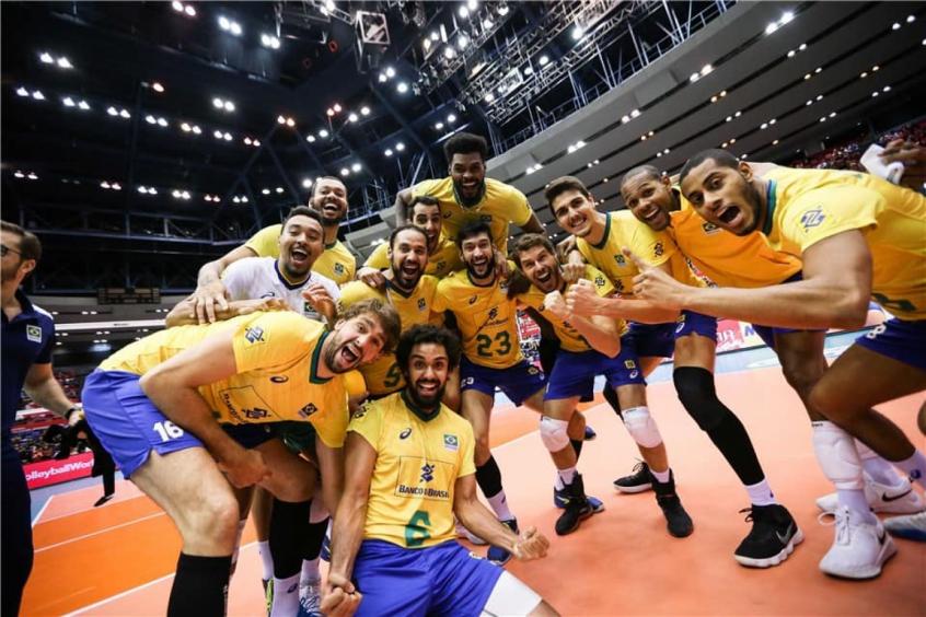 Brasil vence Itália e fecha Copa do Mundo de forma invicta