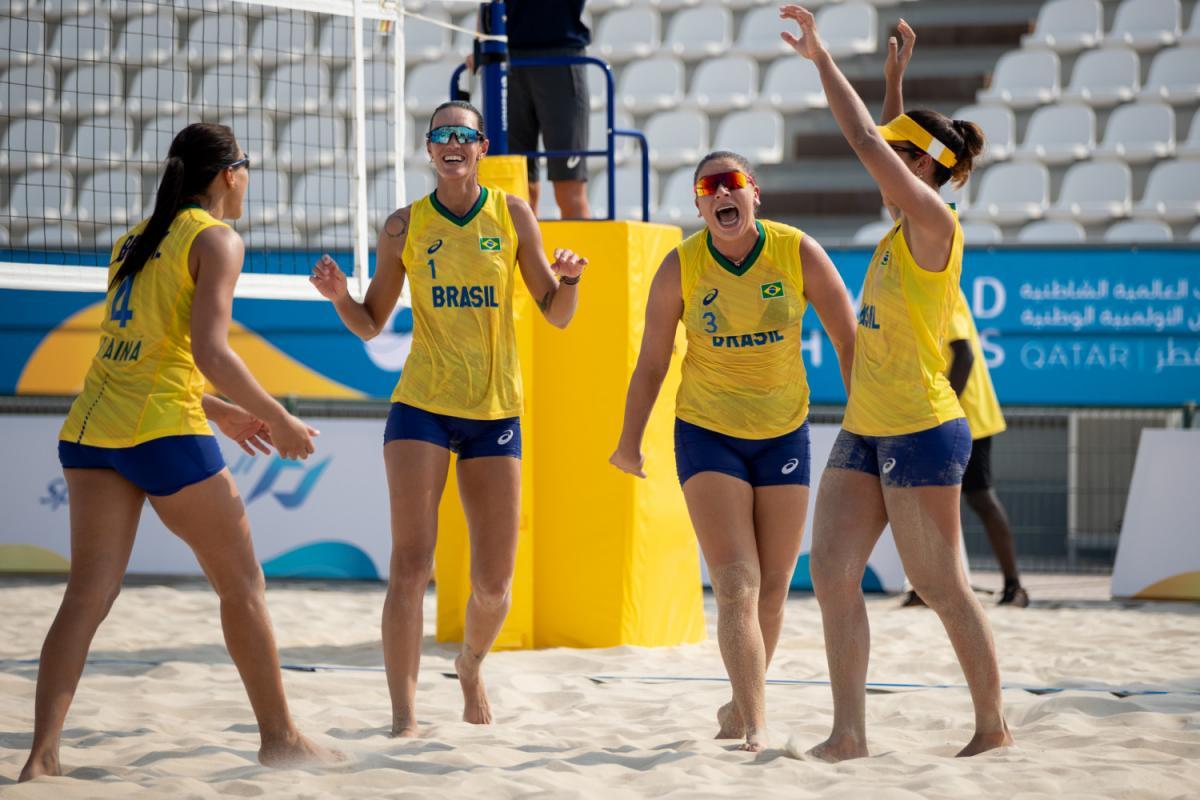 Brasil vence mais duas no vôlei de praia e ficam em primeiro no grupo nos Jogos Mundiais de Praia