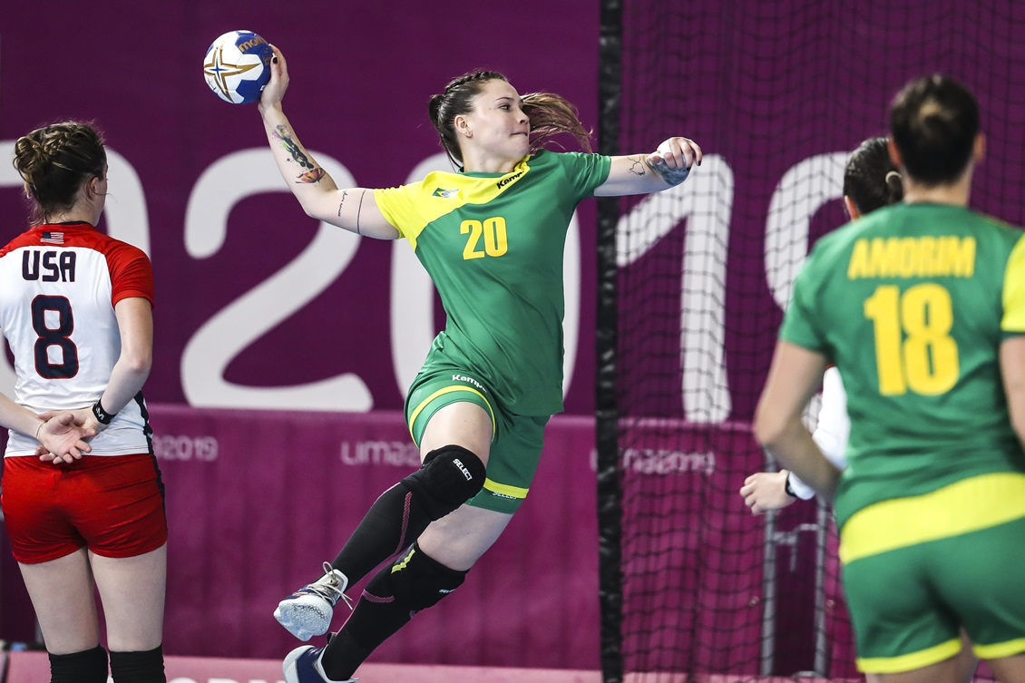 Seleção feminina de handebol estreia com derrota na Copa do Japão
