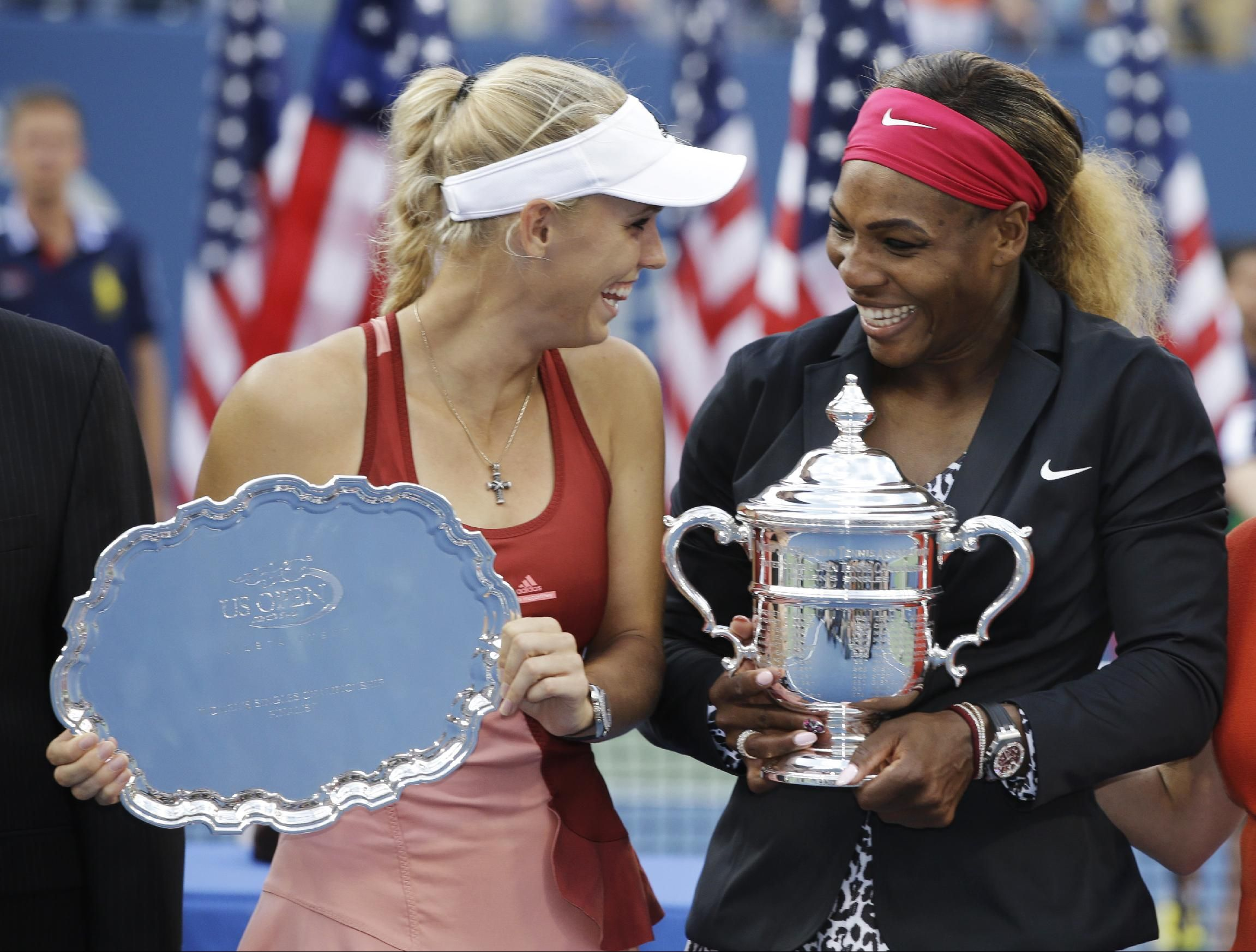 Caroline Wozniacki terá encontro de despedida com Serena Williams