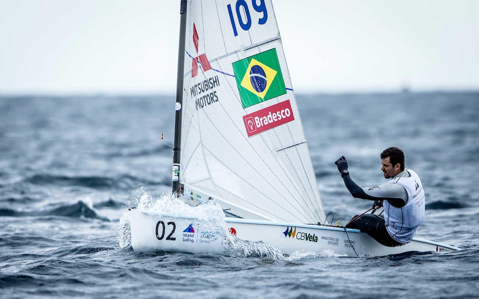 Jorge Zarif no pré-olímpico de Enoshima, onde terminou na quarta posição. Foto: World Sailing