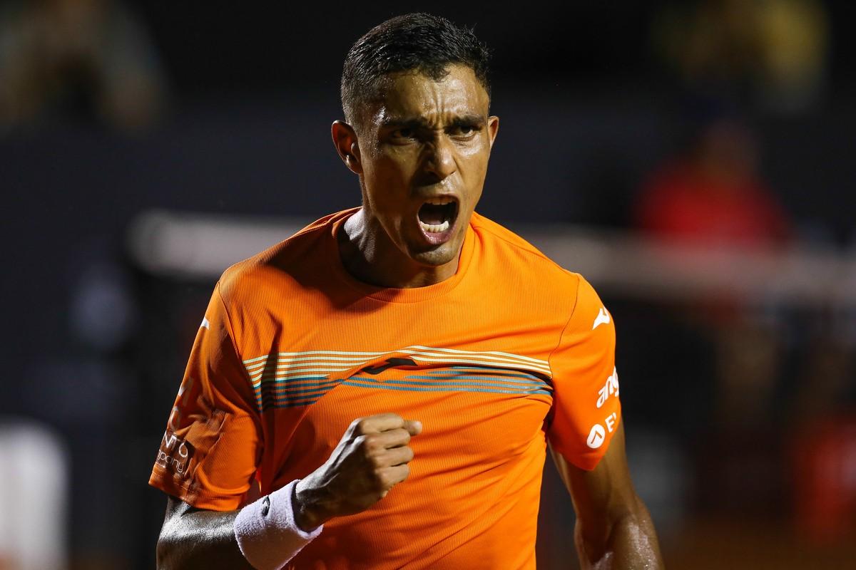 Thiago Monteiro luta até o fim e volta a brilhar no Rio