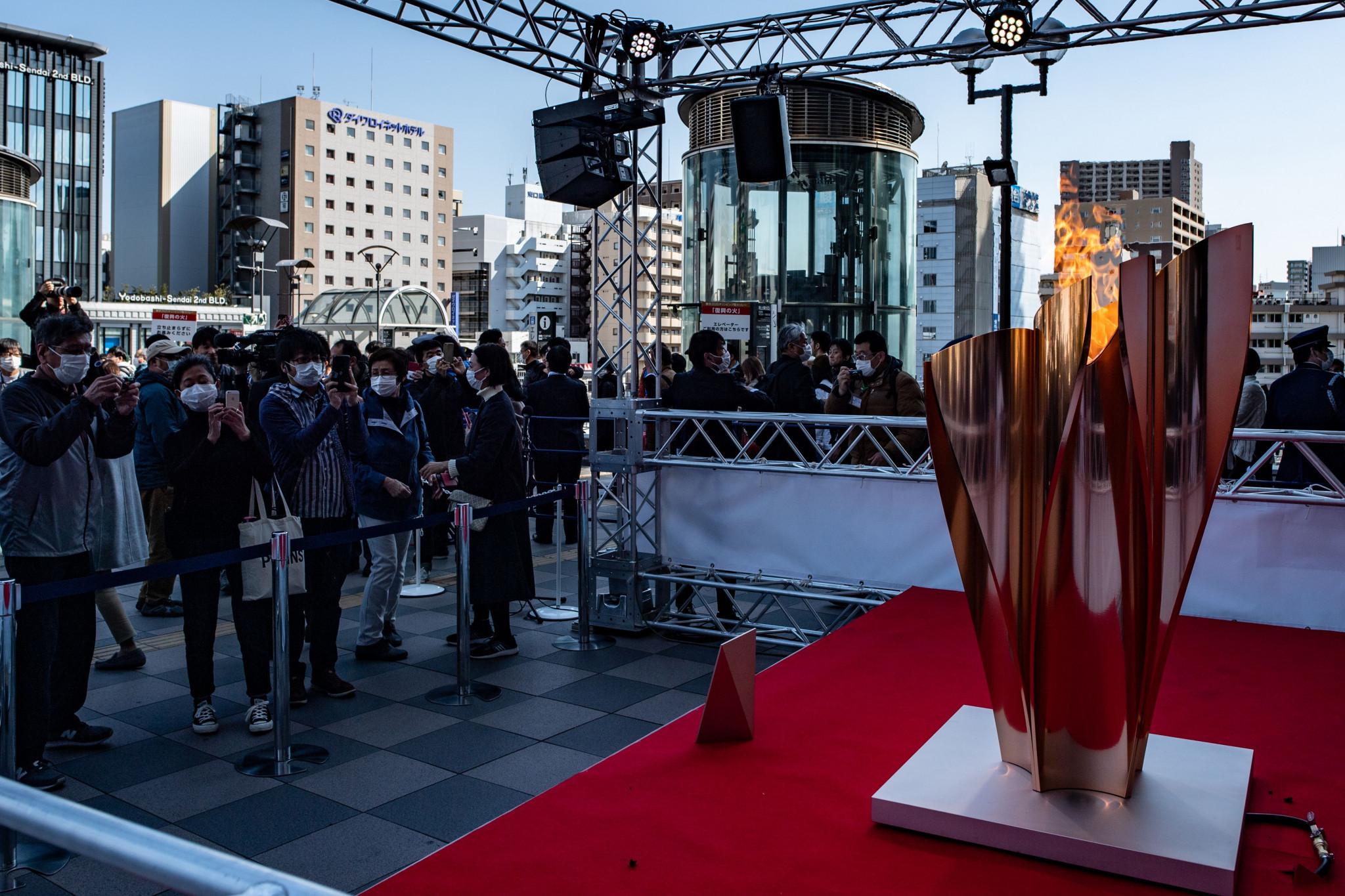 A chama olímpica está em exibição em Sendai © Getty Images