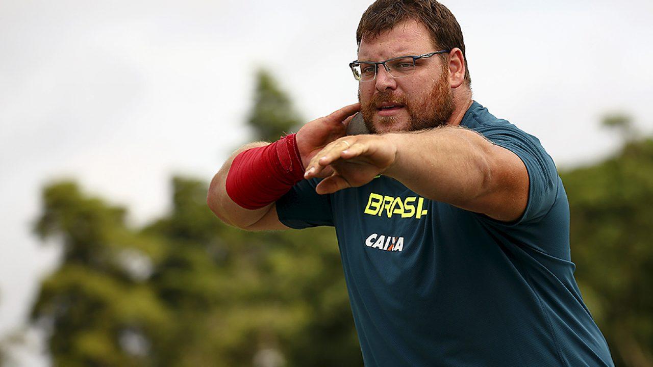 Darlan Romani abre ano olímpico com a 3ª melhor marca do mundo