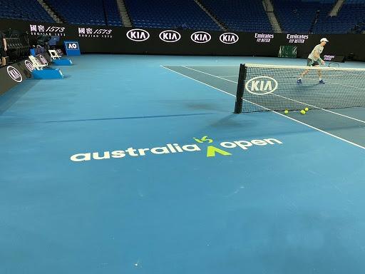 Realização do Australian Open divide população local