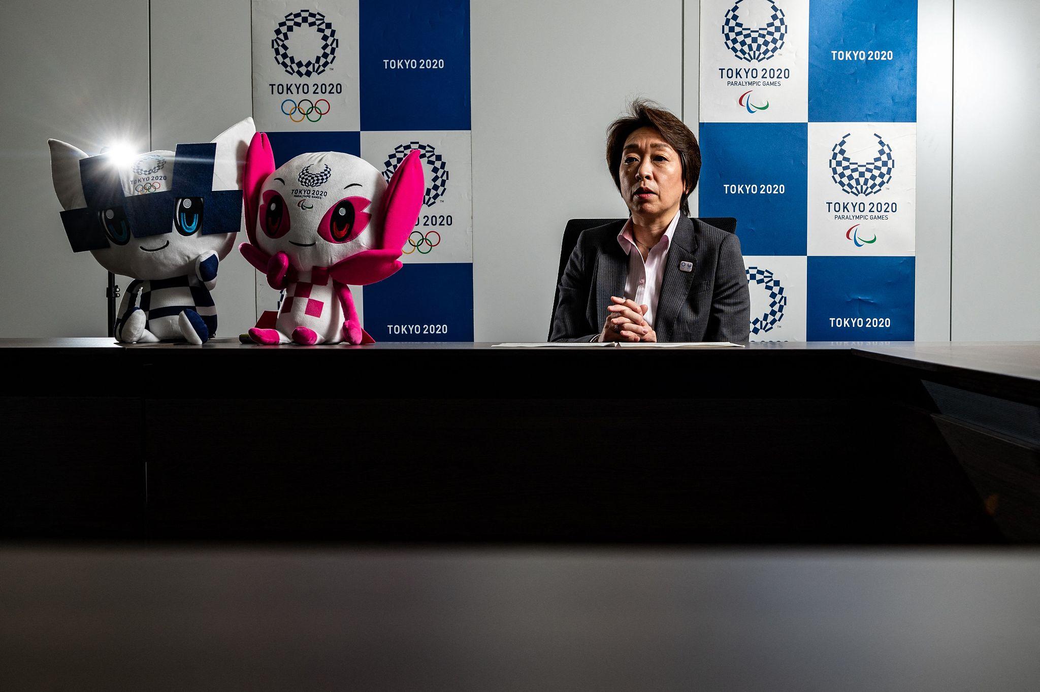 As Olimpíadas não devem ser um fardo para os sistemas médicos, disse o porta-voz do governo japonês na sexta-feira, em meio a temores de que os testes diários dos atletas taxem os recursos de saúde já estressados na luta contra a recuperação dos casos de COVID-19.