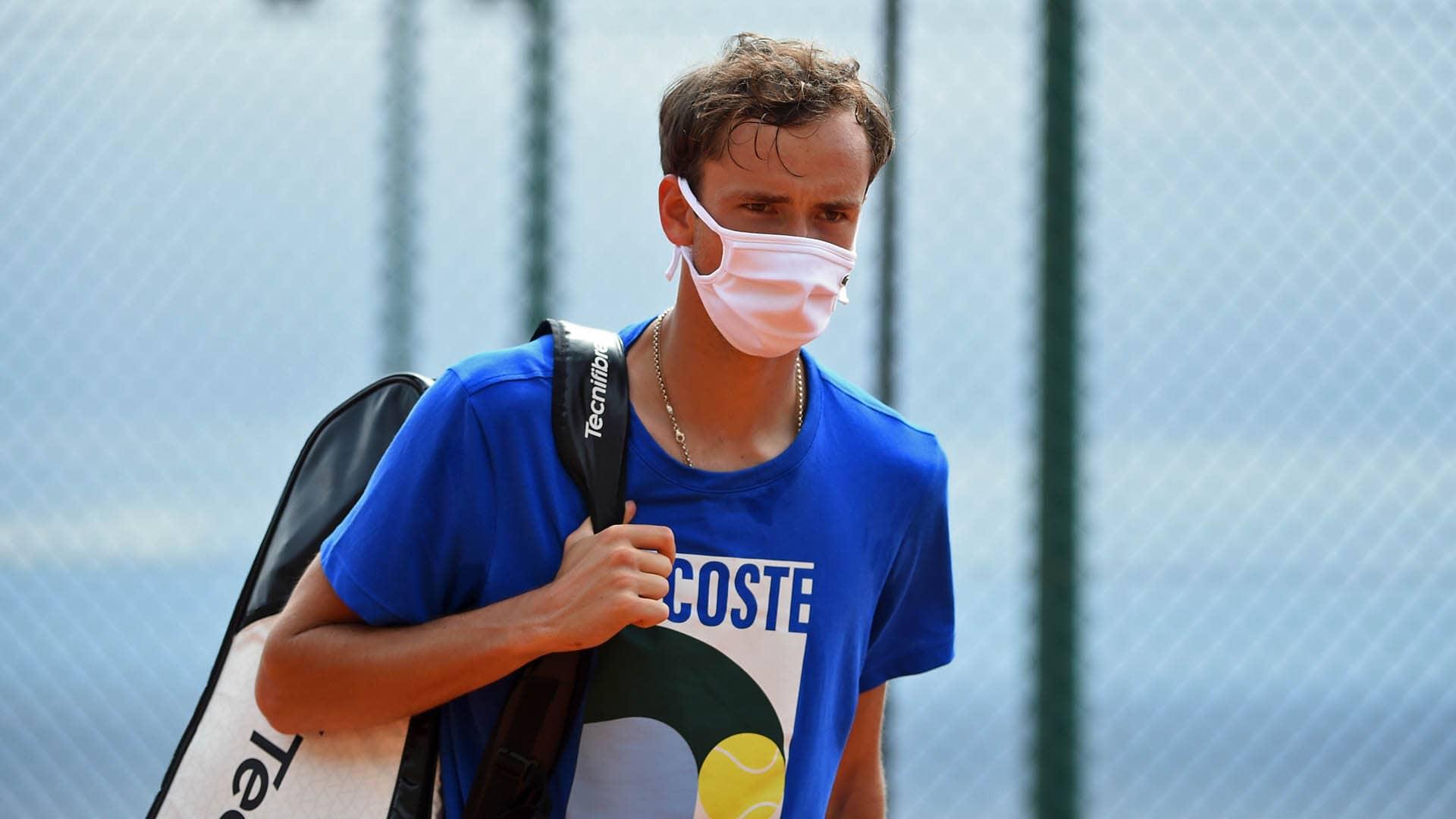 Daniil Medvedev já treina após covid-19