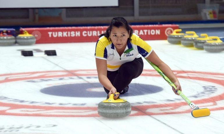 Curling: Seleção feminina conquista a 1ª vitória no classificatório ao pré-olímpico